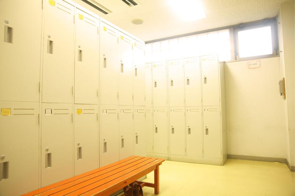 ロッカールーム3