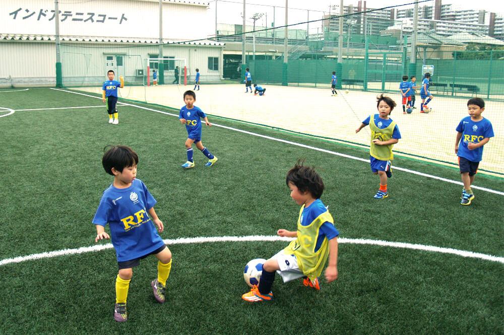 フットボールスクール